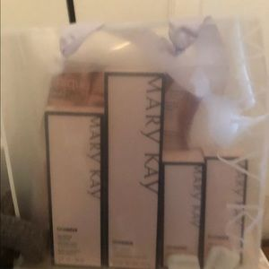 Mary Kay miracle set